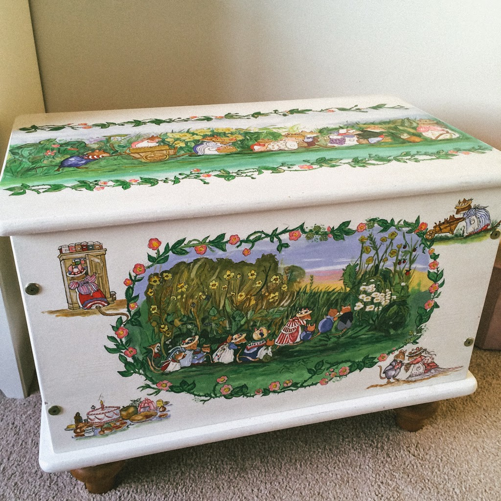 Brambly hedge Toy box