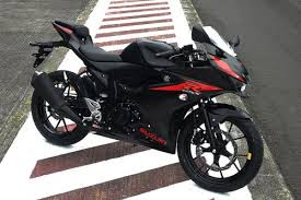 Suzuki GSX R150 Black Color
