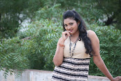 Vasavi Reddy glamorous photo shoot gallery-thumbnail-8