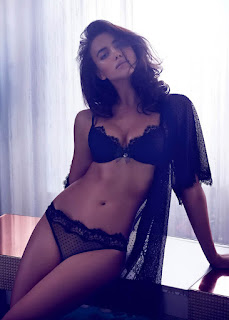 Hot Celeb Irina Shayk Lovely Image