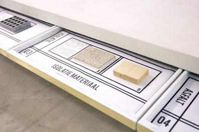 những mẫu giấy vệ sinh đã sử dụng sẽ được tịch thu từ nước thải