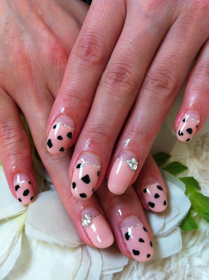 ♥Cute Nail Designs♥: Dalmatian Pattern Nails By Ayano