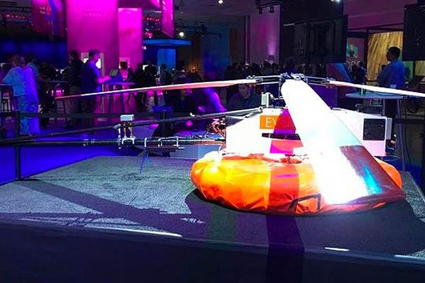 Facebook Uji Helikopter Tether-tenna Penyebar Sinyal Internet