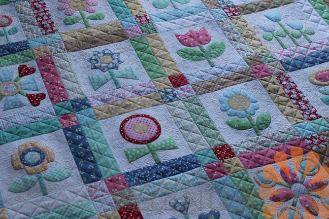 Piece N Quilt: Custom Machine Quilting - 2 Applique Quilts - By ... : applique for quilts - Adamdwight.com