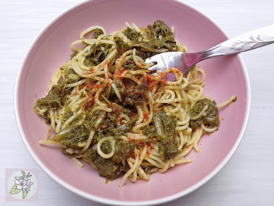 Grelos con Espaguetis o Pasta con Grelos, Receta Vegana.