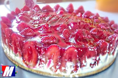Torta Fit Gelada de Morango
