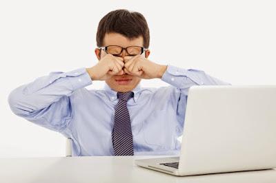 Bahaya Menggunakan Kacamata Minus Pada Remaja