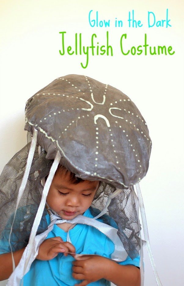 make a DIY glow in the dark jellyfish costume! Super easy and unique!