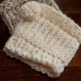 Free loom knit boot cuff with pom pom