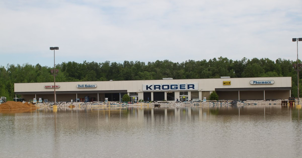 West Kentucky Flood 2011 Park Ave Kroger And Roof