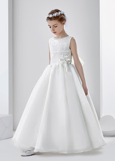 http://www.mariacommunion.com/sleeveless-jewel-neck-ball-gown-organza-first-communion-dress-with-lace-and-beading-p-94.html