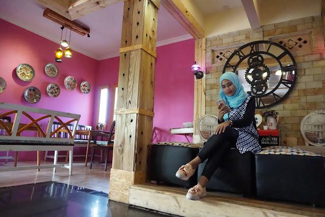 Cafe De Rosse Kuliner Lampung
