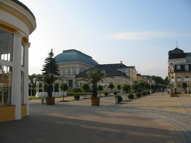 Františkovy Lázně - Franzensbad - Neue Kolonnaden