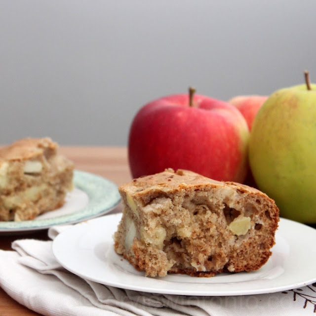 honey and spice apple cake