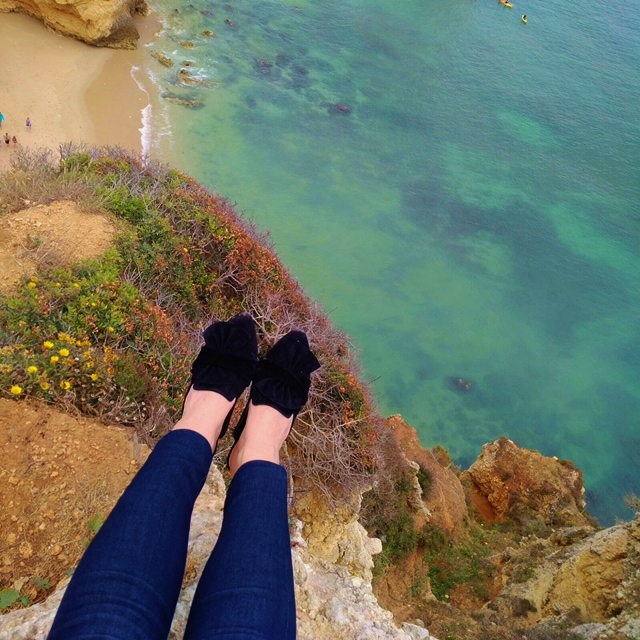 Travel post, portugal, lagos, portugal travel, pink top, beach outfit, best beaches, toronto fashion blogger, best travel blogs, portugal travel blog, sashadolcloset travel, how to wear hot pink, how to wear pink, how to wear headwrap, summer vacation outfit, lagos beach