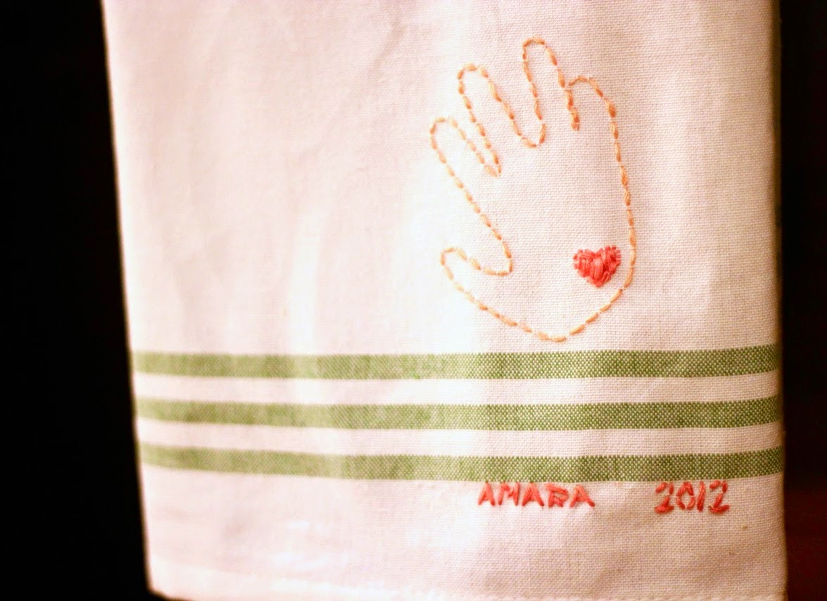 love and lion: MOTHER'S DAY CRAFT: EMBROIDERED TEA TOWEL