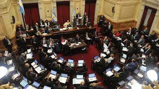 El senado trata el proyecto opositor para frenar el aumento de tarifas
