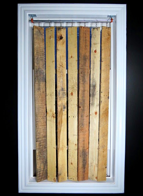 Diy Pallet Wood Vertical Blinds What What Flipping