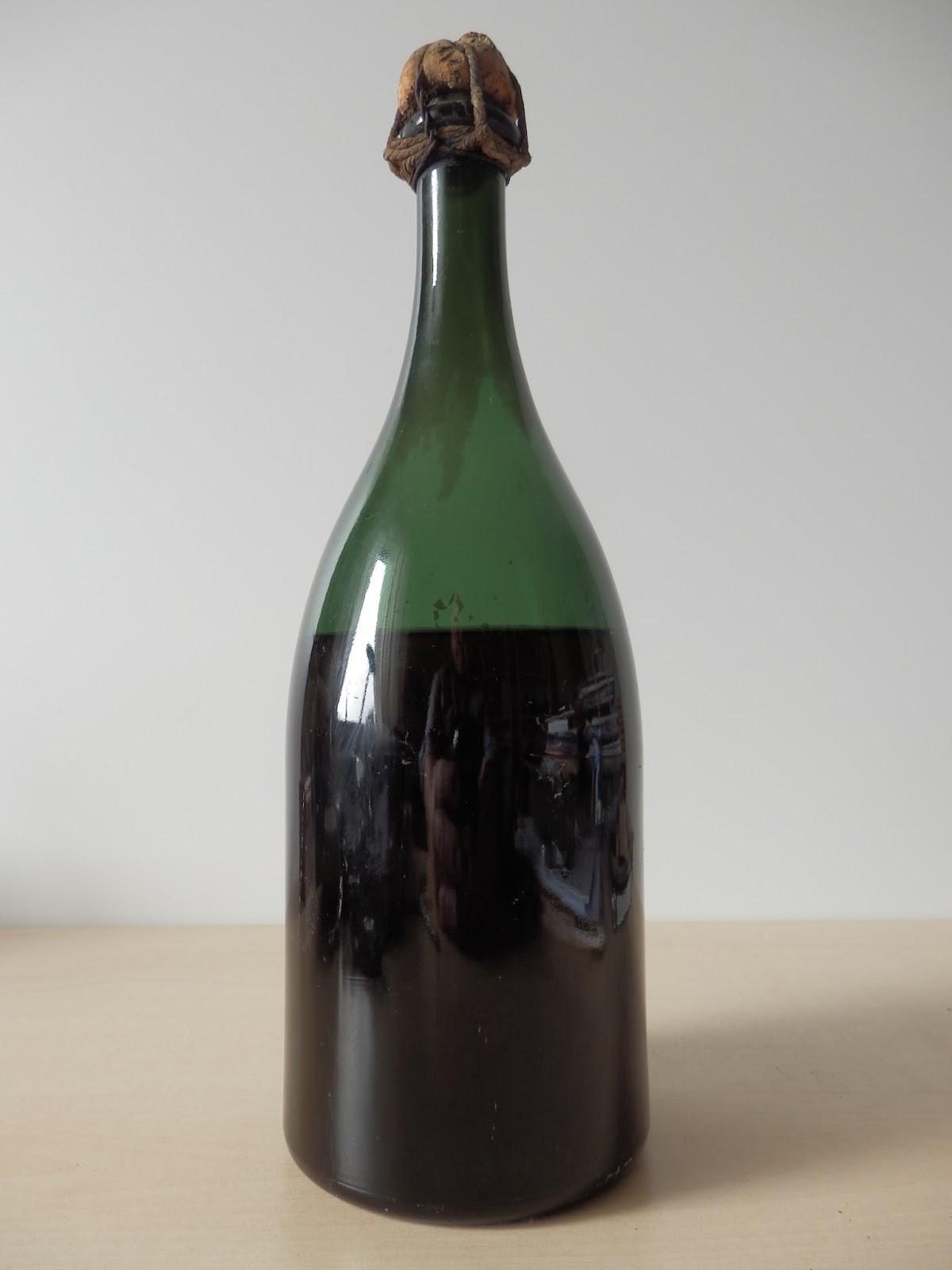 le blog des tire bouchons bouchons et bouteilles de champagne au xix siecle. Black Bedroom Furniture Sets. Home Design Ideas