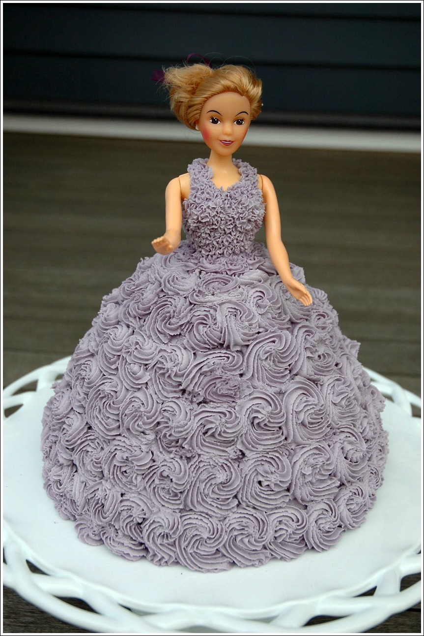 1000 Images About Doll Cakes On Pinterest