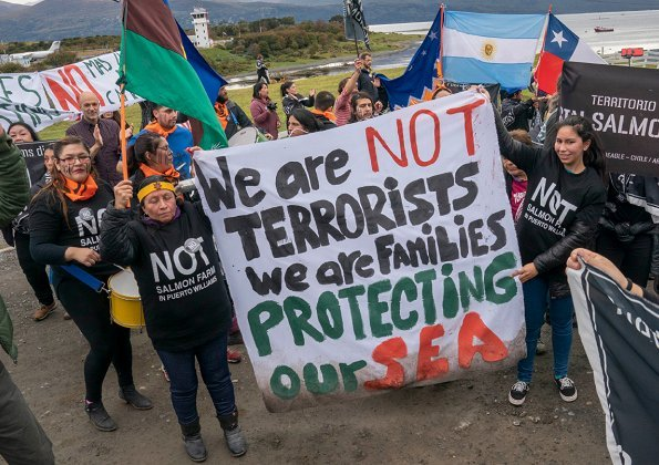 There were demonstrations against Norwegian aquaculture in Puntas Arenas