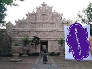 Mengunjungi Taman Sari Jogja