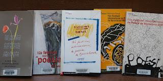 Dibuixos a la coberta d'alguns llibres del Festival internacional de poesia de Barcelona : Palau de la Música Catalana per Teresa Grau Ros