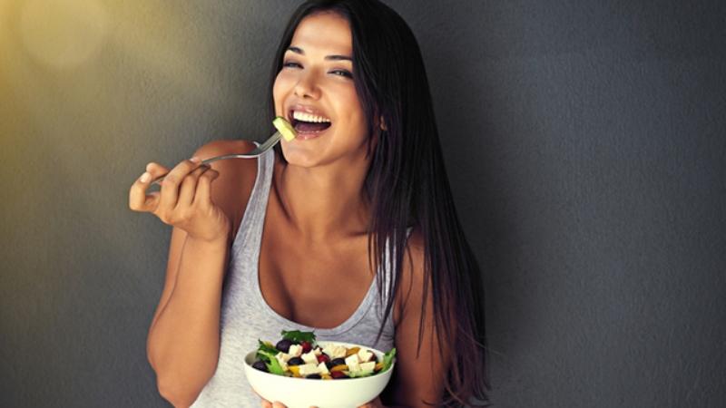 Kalorileri içmeyin, yiyerek zayıflayın!