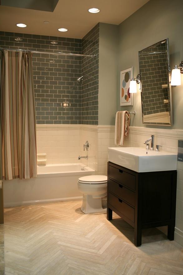 Bathroom 3 Light Fixtures