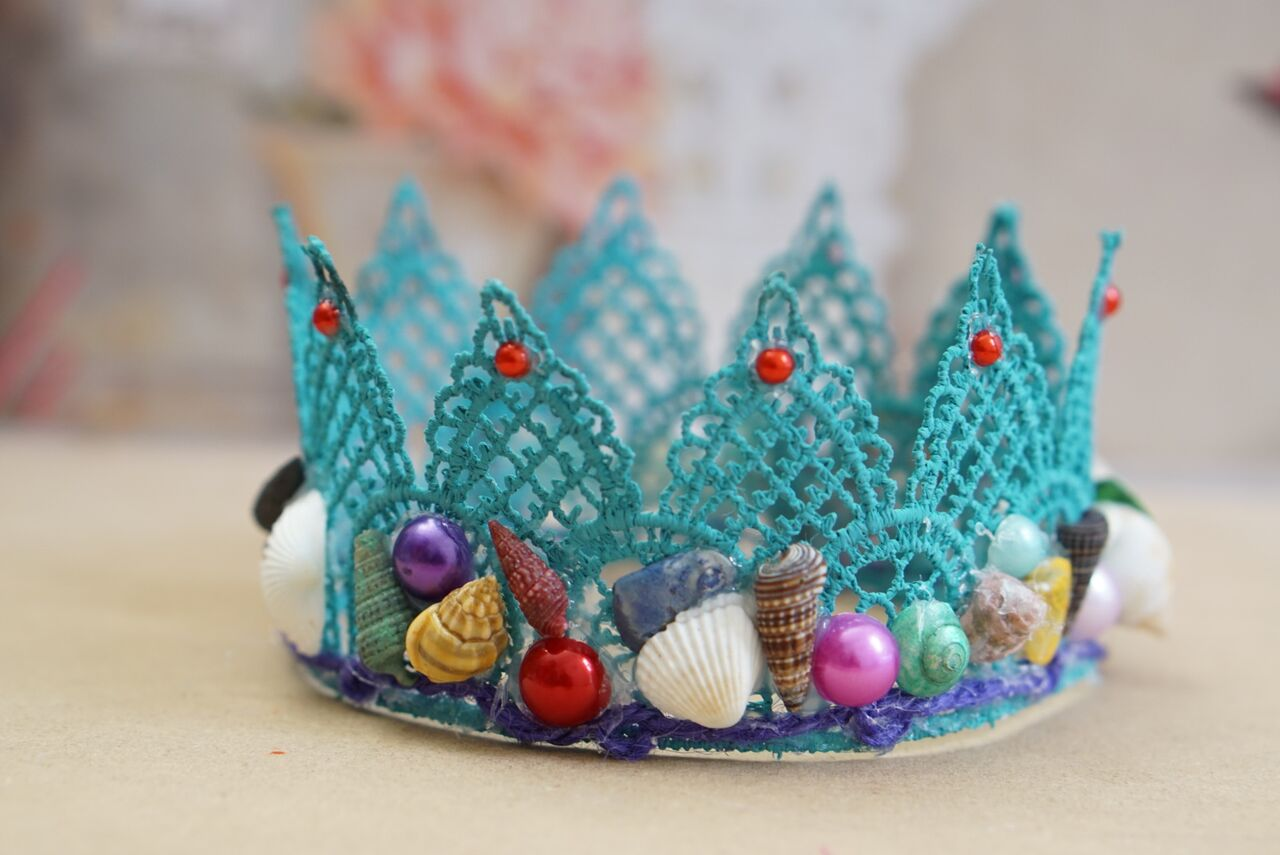 how to create a crown