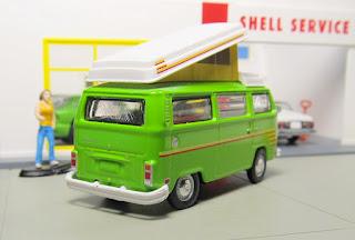 GreenLight Volkswagen camper van