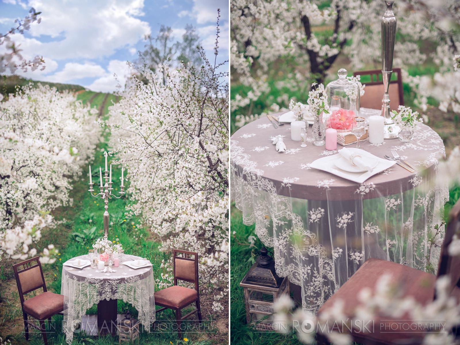 Wiosenna aranżacja stołów weselnych.