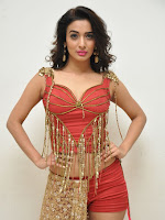 Heena Panchal New sizzling photo gallery-cover-photo