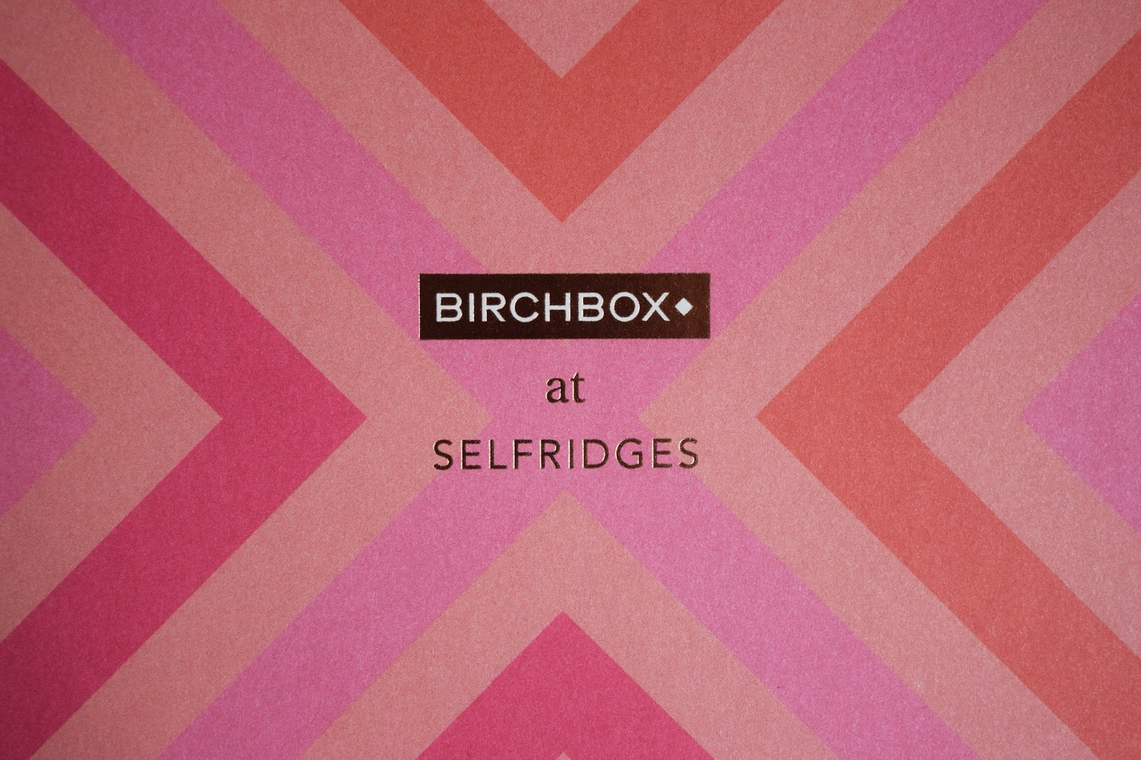 PINK LID OF THE BIRCHBOX