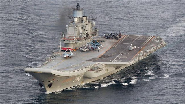 Rússia diz que cancelou seus planos para reabastecer uma frota de seus navios de guerra em um porto espanhol no seu caminho para a Síria