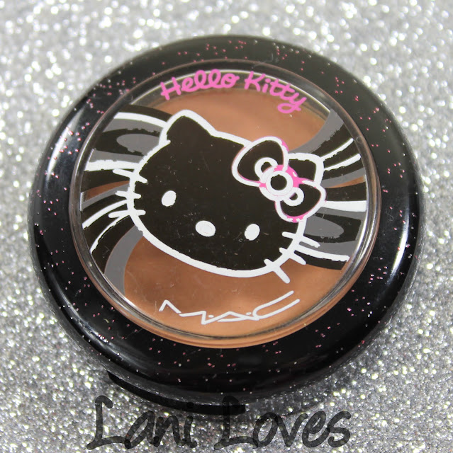 MAC Monday: Hello Kitty - Fun & Games Beauty Powder Blush Swatches & Review