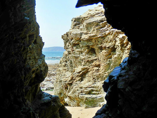 Cliffes, Spit Beach, Cornwall