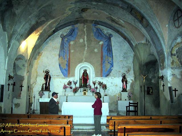arroyo-cerezo-iglesia-san-joaquin-nave