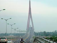 Puente sobre el rio Hau - Can Tho (Vietnam)