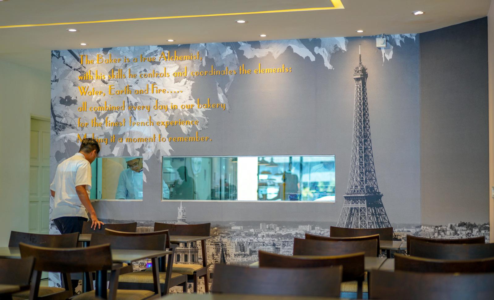 O Petit Paris @ Taman Tun Dr Ismail