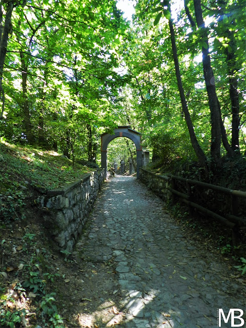 sentiero santuario della ceriola monte isola