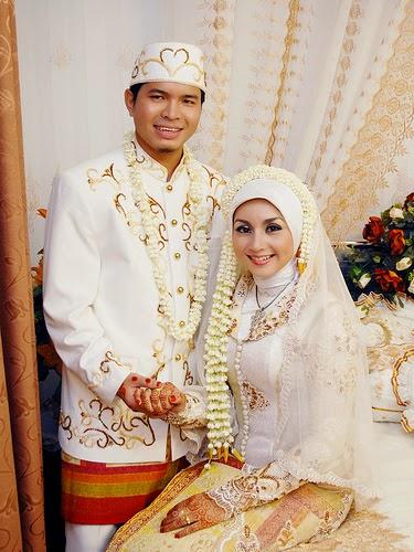 Model Kebaya Modern Muslimah