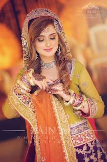 Bridal+Mehndi+day+Hairstyles+2017+In+Pakistan+%288%29