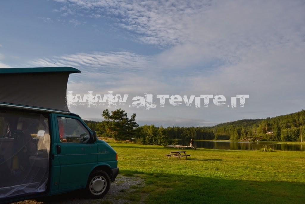 campeggio norvegia lago