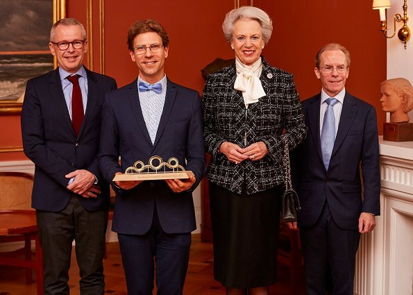 Princess Benedikte presented the Elsass Foundation's The Elsass Foundation Research Prize to Doctor Bernhard Dan