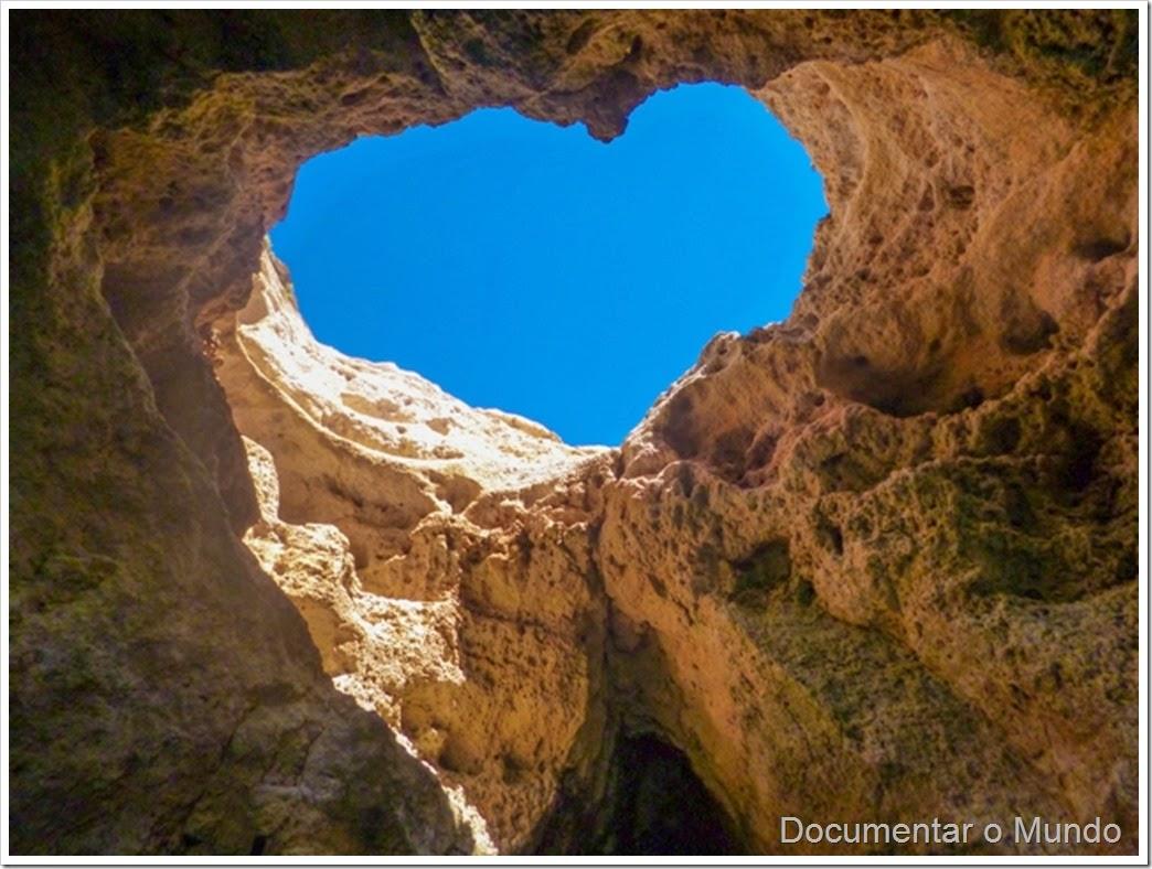 Gruta do Coração;  Praias Algarve; Férias Algarve; Grutas Marinhas no Algarve; Sea Caves Algarve; Grotten Fahrt Algarve