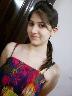 Beautiful Indian women pic, cute Indian women pic