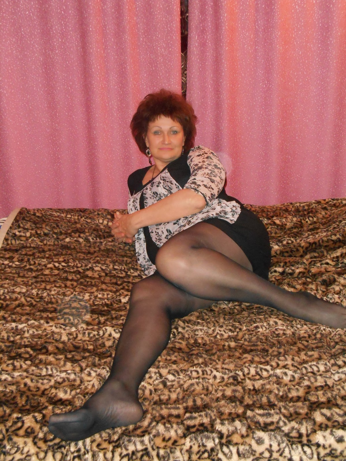 Mature British Lady In Nylon Stockings Fucked