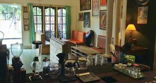 warung rumah seni kopi medan