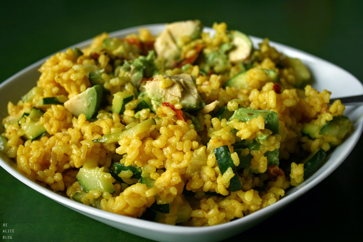 http://be-alice.blogspot.com/2014/11/turmeric-rice-veggie-stir-fry-vegan.html